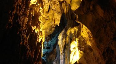 Aksu Zindan Mağarası
