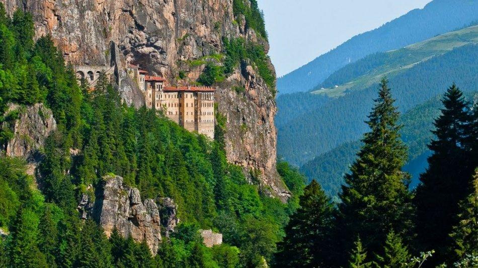 Restorasyonu Tamamlanan Sümela Manastırı Ziyarete Açılıyor